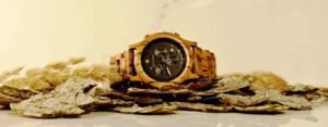 Zeitstamm Holzuhr